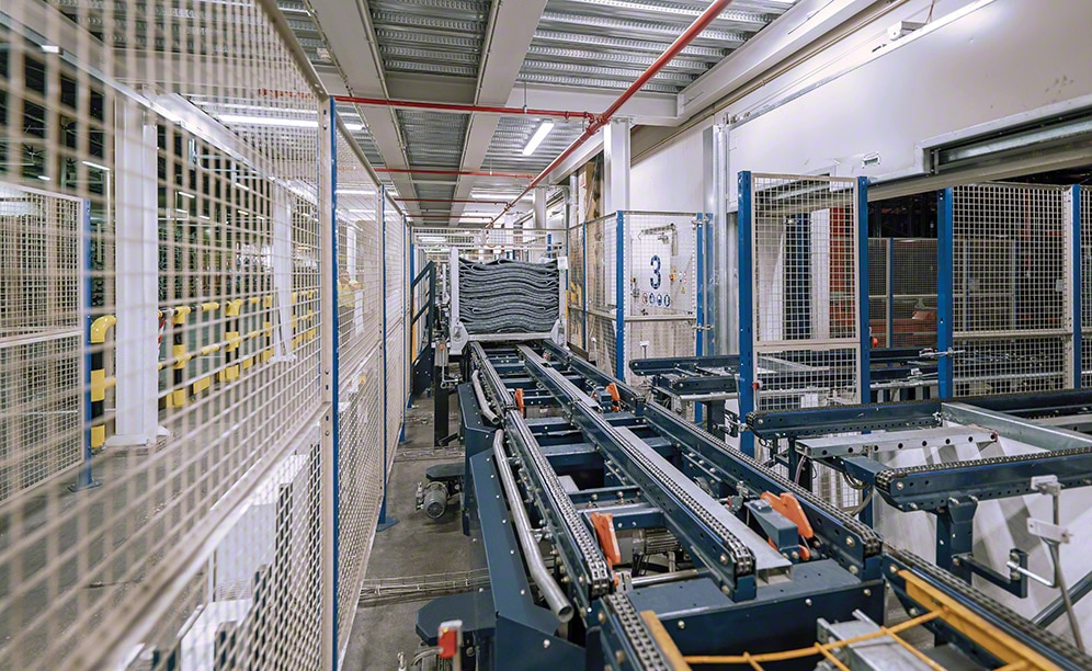 Automated clad-rack warehouse of Michelin in Vitoria integrated manufacturing