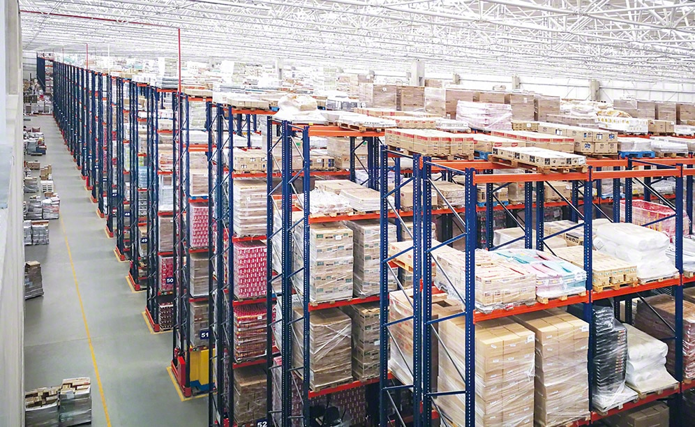 The pallet racks in this warehouse are 15 metres high