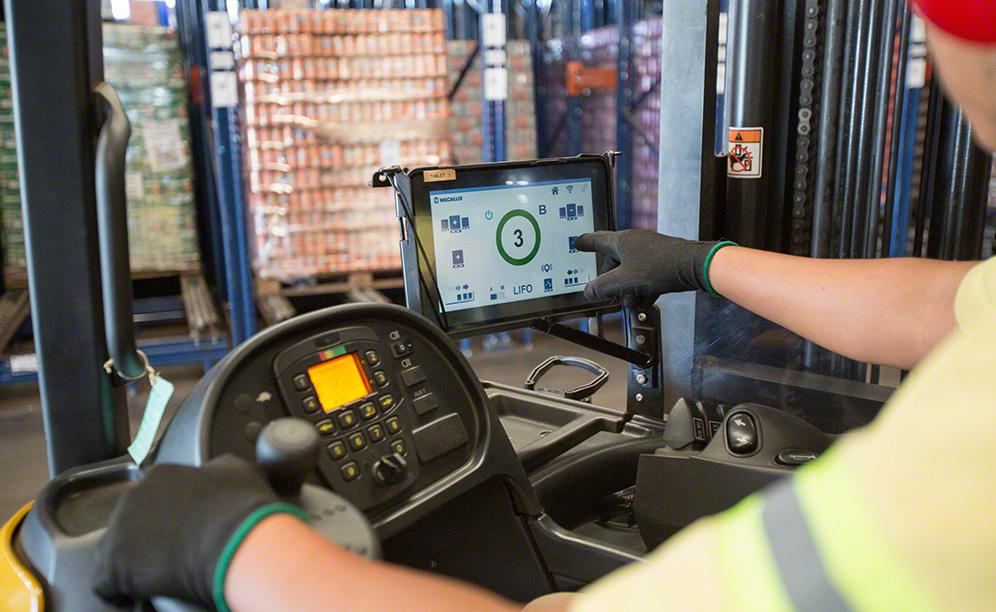 The Pallet Shuttle means inputs and outputs of the goods are automatic