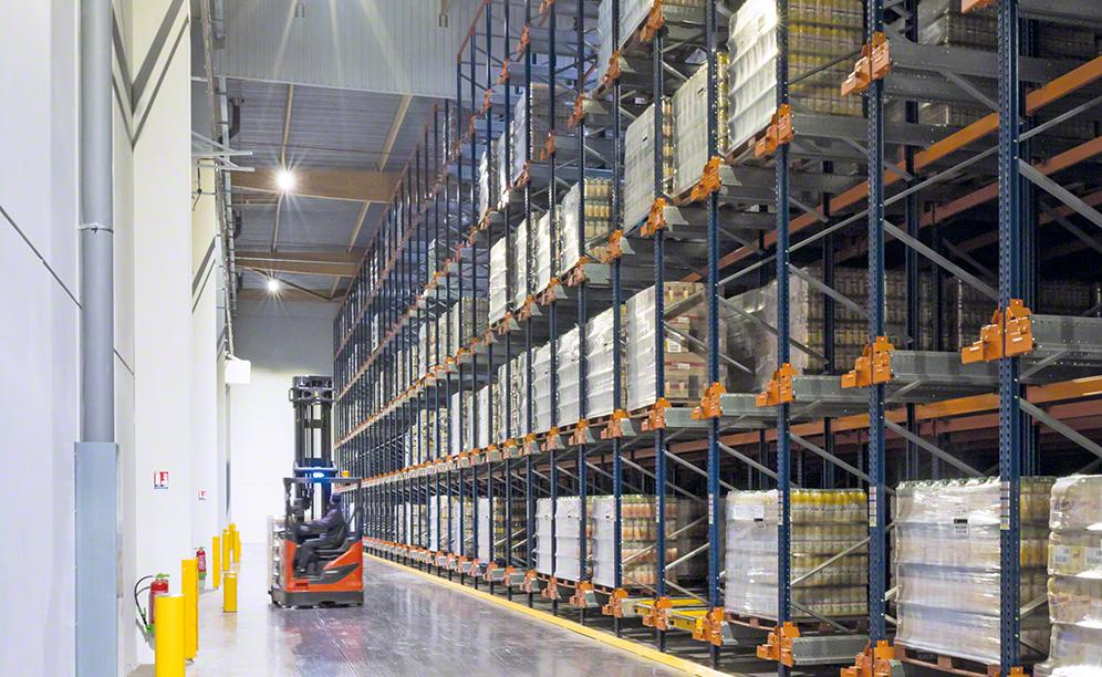 The Pallet Shuttle means automated inputs and outputs of the goods