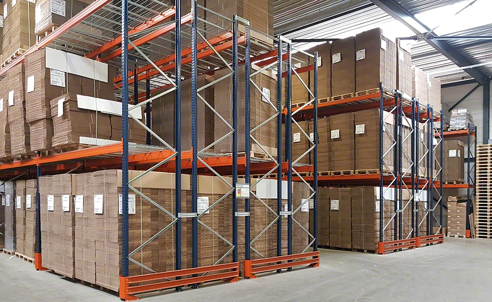Warehouse to manage the packaging of Scherp Verpakkingen in the Netherlands