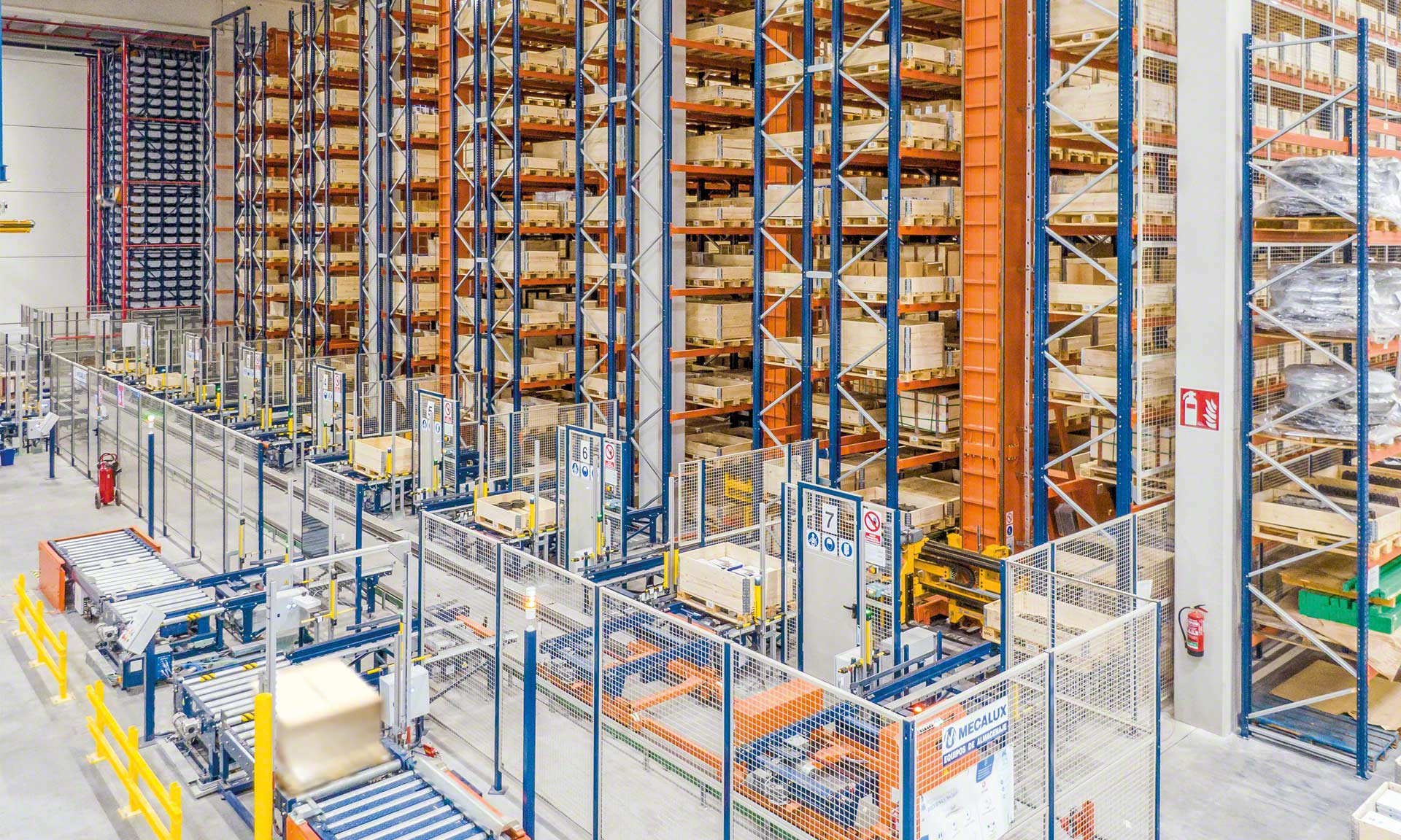 Industrias Yuk: centralised logistics, five installations in one with thousands of SKUs