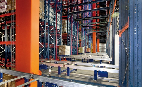 The food company Grupo Siro has increased its capacity and productivity with a 35.5 m high automated clad-rack warehouse