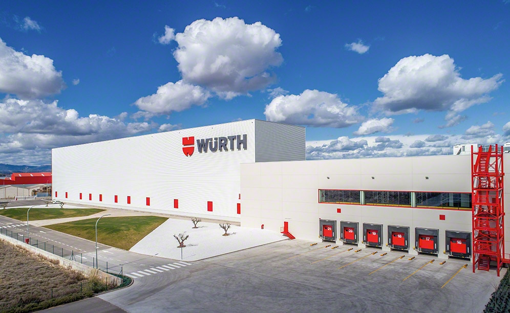 Case study Clad-rack warehouses: Würth